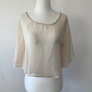 White loose crop top (small)